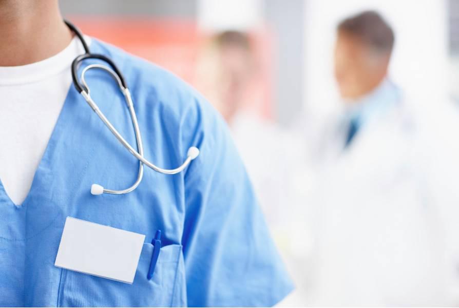 Concurso para contratar médicos