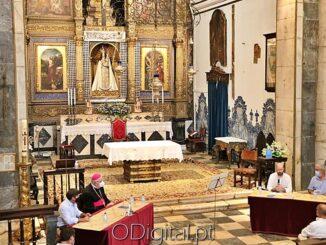 Livro sobre Nossa Senhora da Conceição de Vila Viçosa