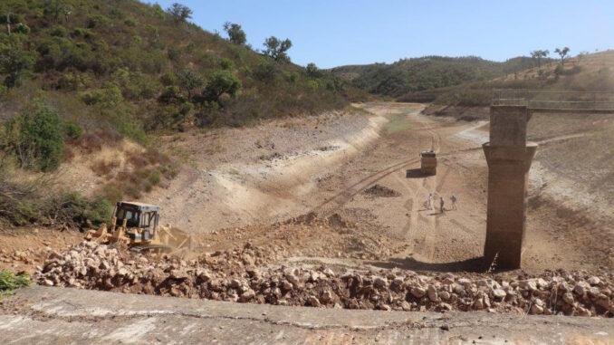 Obras na barragem do Pomarinho em Ourique