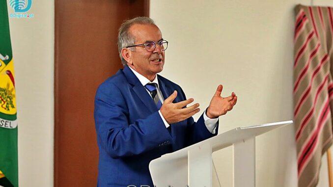 Secretário de Estado Carlos Miguel