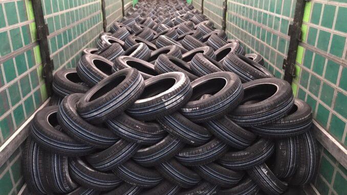 Alegado furto de pneus em campo maior