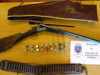 arma apreendida em Évora