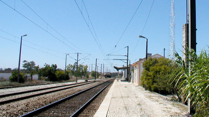 Linha férrea