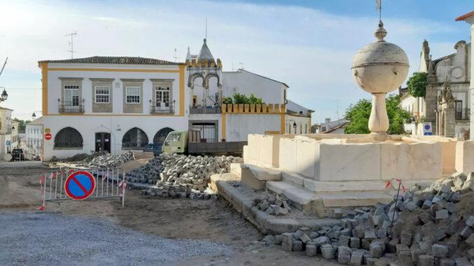 Portas de Moura em Évora