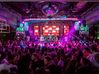 Bares e discotecas