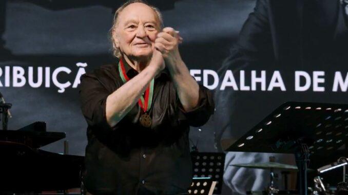 Maestro Vitorino D'Almeida