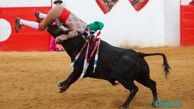 Corrida de touros em Mourão